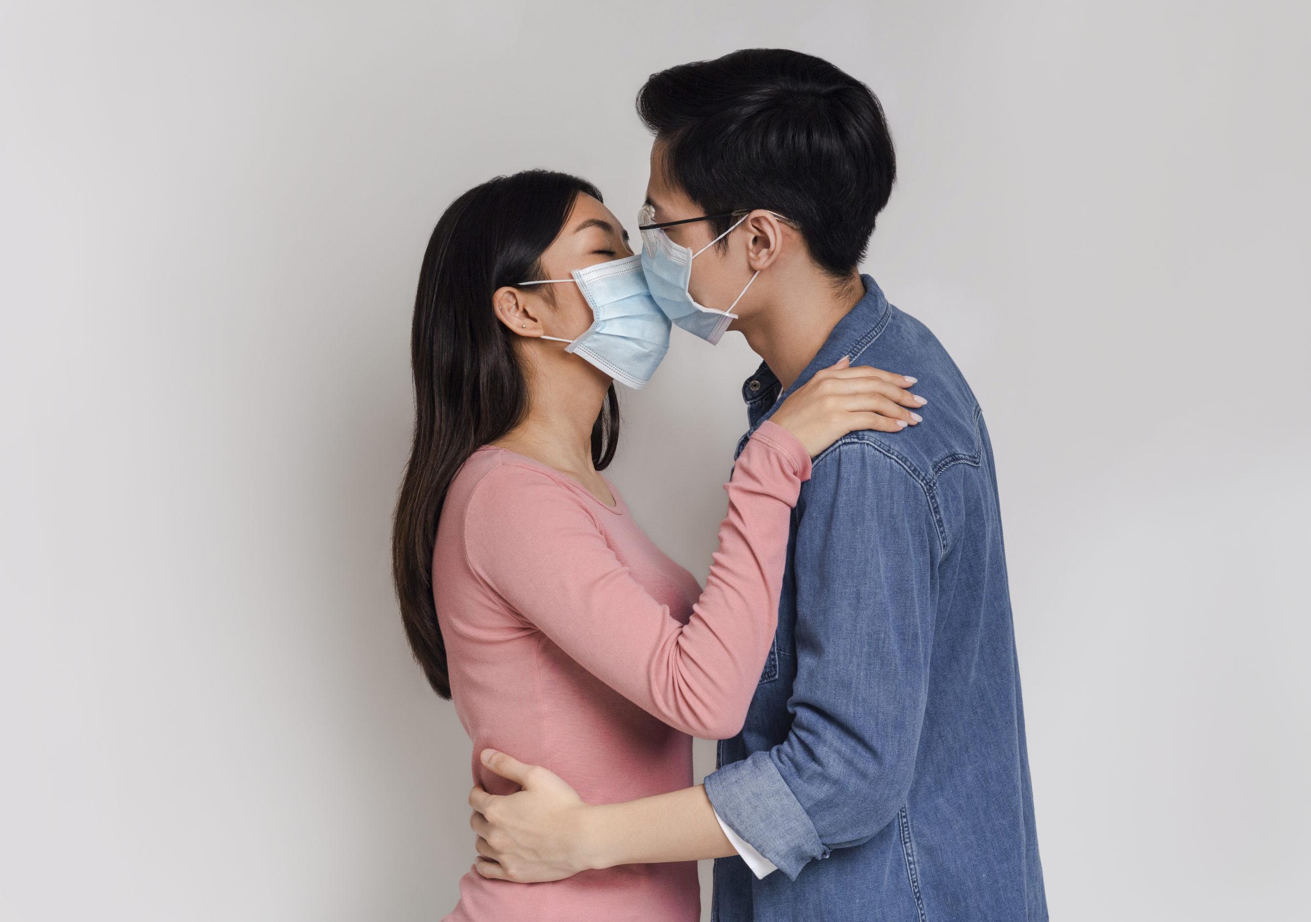 Sesso e coronavirus: si può fare?